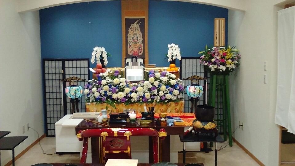 真言宗の葬儀 お花祭壇