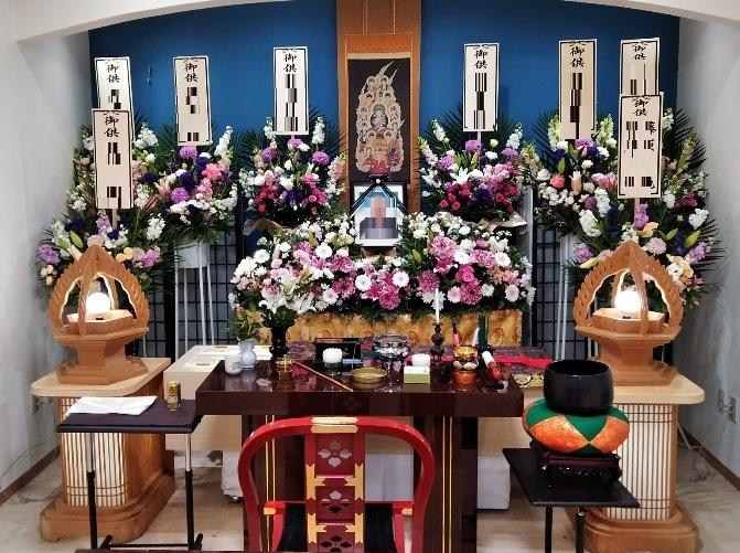 真言宗の葬儀 生花祭壇